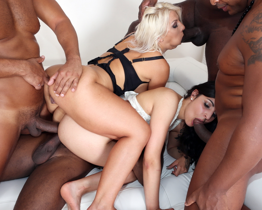 Stacy-Sommer-XXX-Nikyta-IV270-SDa5a5569b00a53d3c.jpg#