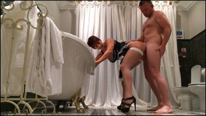 HannahBrooks FUCKING THE NAUGHTY HOUSE MAID XXX Preview