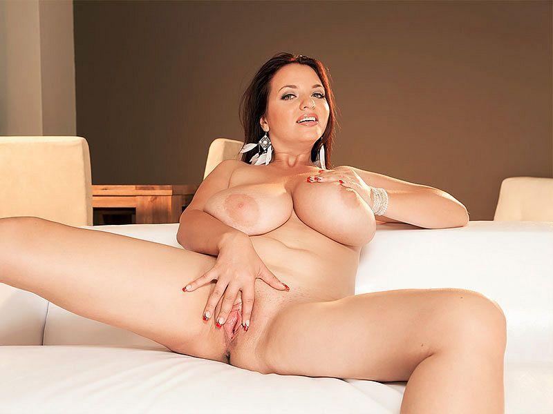 Joana Bliss – Aka Joanna Bliss (PornMegaLoad.com/Scoreland.com/2019/HD)