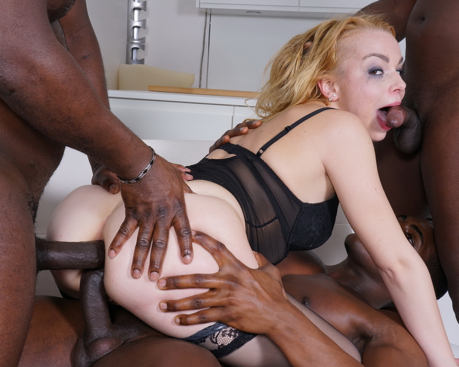 Rebecca Sharon – Goes balls deep And double anal with 8 black guys IV288 (LegalPorno/2019/HD)