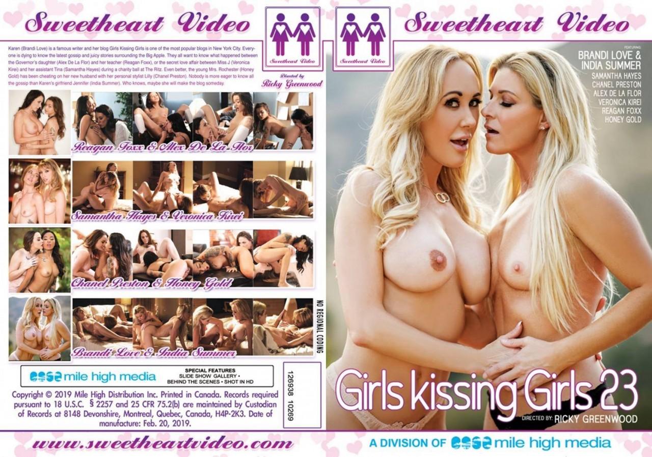 Girls_Kissing_Girls_23_full13e8466598ca5b09.jpg