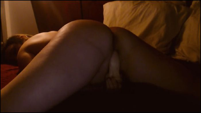 Adrey Strip and Fuck me from Behind (manyvis.com)