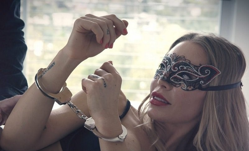 Nicole Aniston – Sex With Beautiful Milf (Private.com/2019/480p)