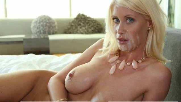 Riley Jenner – Cumshot On Face Beauty Milf (PurMature.com/2019/HD)