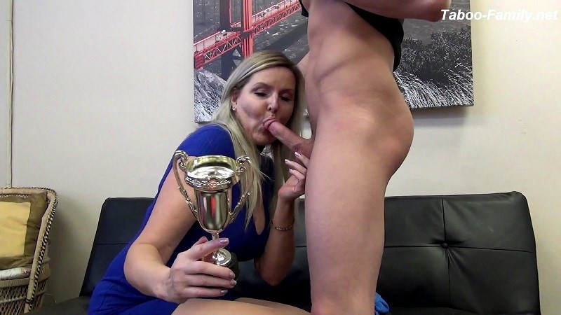 Velvet Skye – MOTHER OF THE YEAR (Clips4Sale.com/2019/HD1080p)