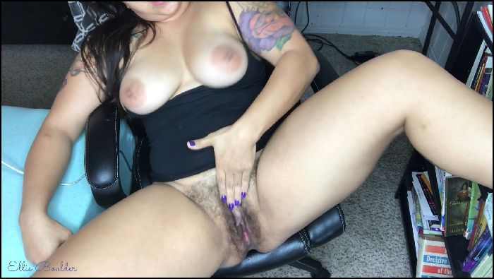 Ellie Boulder - Wet Hairy Pussy JOI Preview