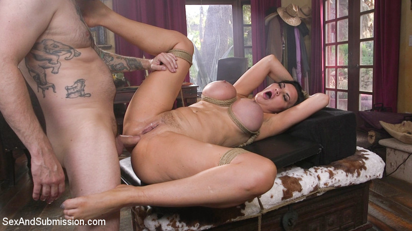 Jasmine Jae – The Gangsters Wife (SexAndSubmission/Kink/2019/HD)