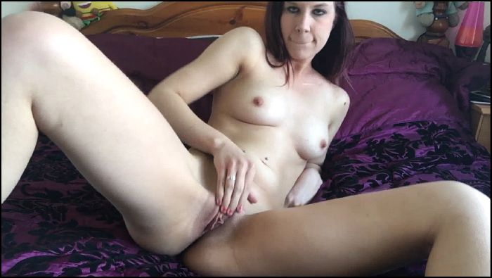 orgasmichope – bikini strip play (manyvids.com)