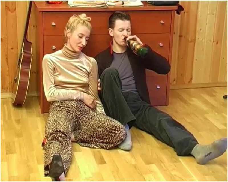 Sex with skinny drunk mom Preview