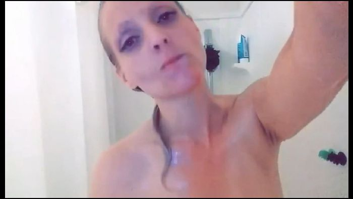 gorgeousleigh shower compilation clips for my gf 2019 06 04 g5bG4j Preview
