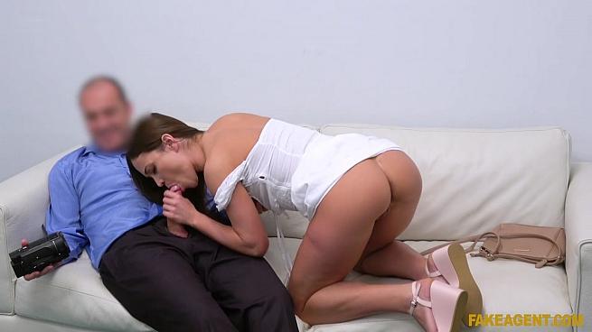 Alyssa Reece – Multiple Orgasms for Horny Model (FakeAgent/2019/480p)