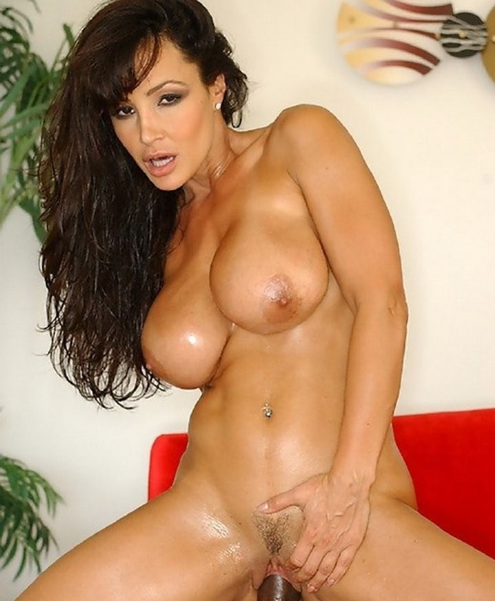 Lisa Ann  Testing the New Guy (IntermixedSluts/21Sextury/2019/Standart quality)