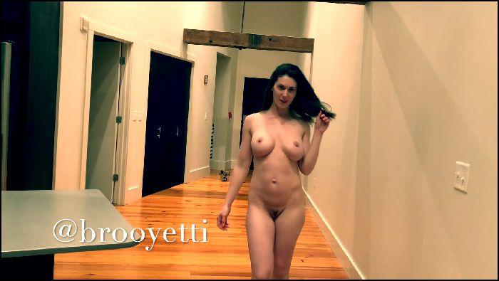 iamyetti naked runway 2019 06 17 vjJXp6 Preview