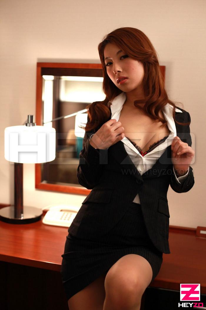 Mai Takizawa – Slender beauty's juicy orgasm (Heyzo.com/2019/HD1080p)