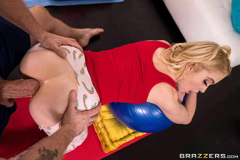 Chloe Cherry – Not What She Expected (TeensLikeItBig/Brazzers/2019/HD1080p)