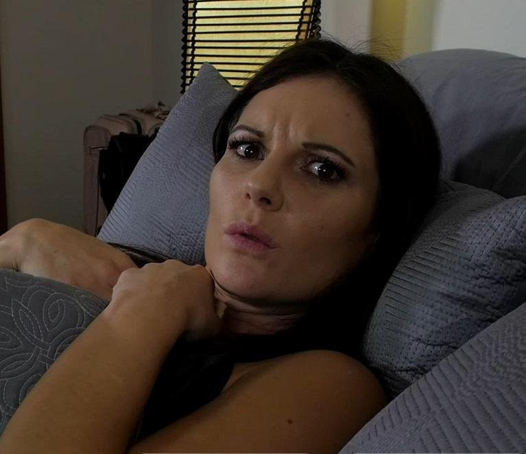 Mandy Flores – Mom and Son Share a Bed Taboo Mandy Flores MF (Clips4Sale.com/2019/HD1080p)