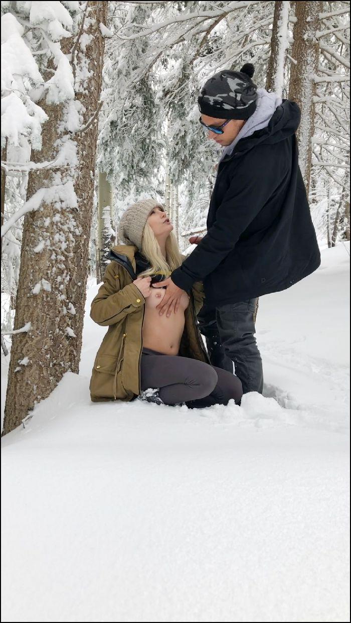 lexi luv – outdoor snow quickie (manyvids.com)