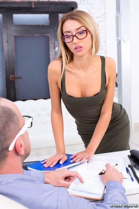 Katrin Tequila – Hot Geeky Teen Katrin Tequila becomes an anal addict (Private.com/2019/HD1080p)