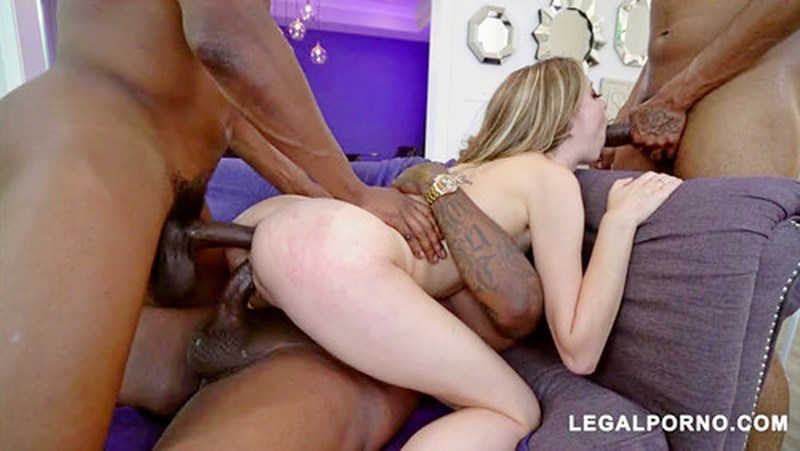Haley Reed – Haley Reed Loves Dick She Takes 3 BBCs Balls Deep Super Horny And Nasty! I Love This Girl! AA043 (LegalPorno.com/2019/480p)
