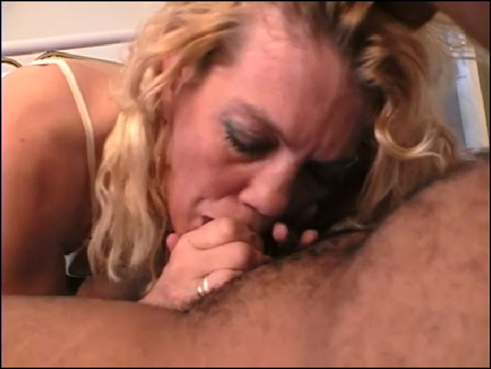 lamandingos – lori takes her first black cock (manyvids.com)