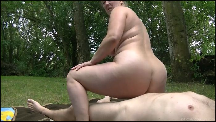 Nikki Holland Outdoor reverse cowgirl Preview