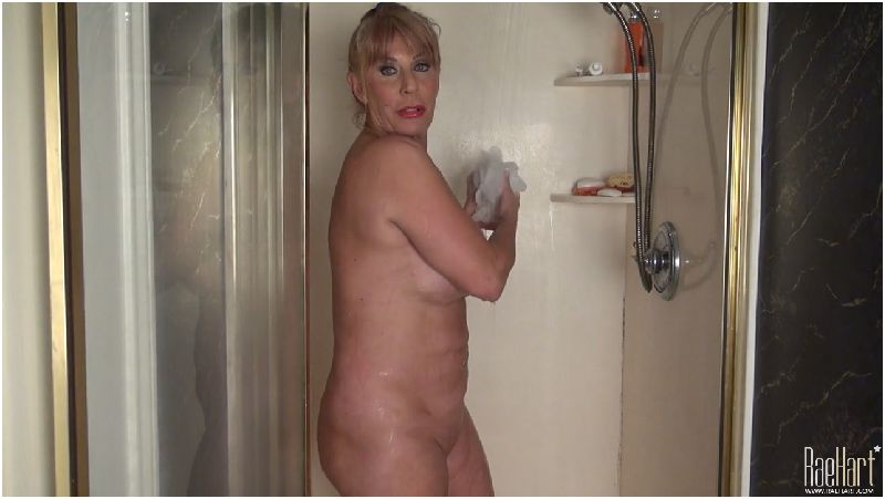 Mature Rae Hart sexy party in the shower