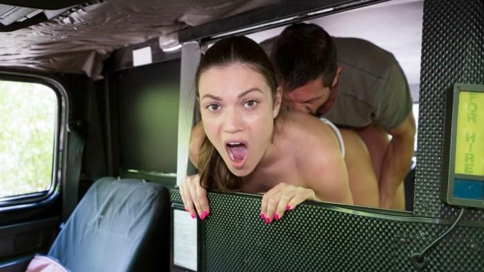 Alyssa Reece – Legend Tommy Gunn sucked and fucked (FemaleFakeTaxi/FakeHub/2019/HD1080p)
