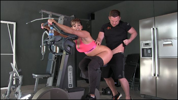 hannahbrooks fucked by my personal trainer in the gym 2018 08 04 C7Hlig Preview