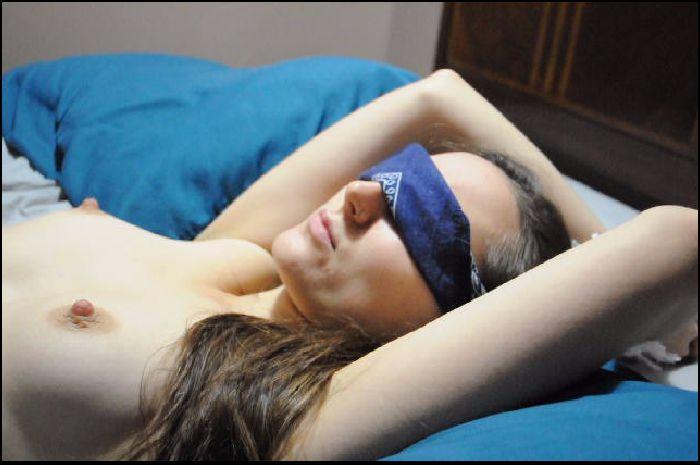 hazel simone custom blindfolded beautiful agony 2018 12 07 fZ3IB2 Preview