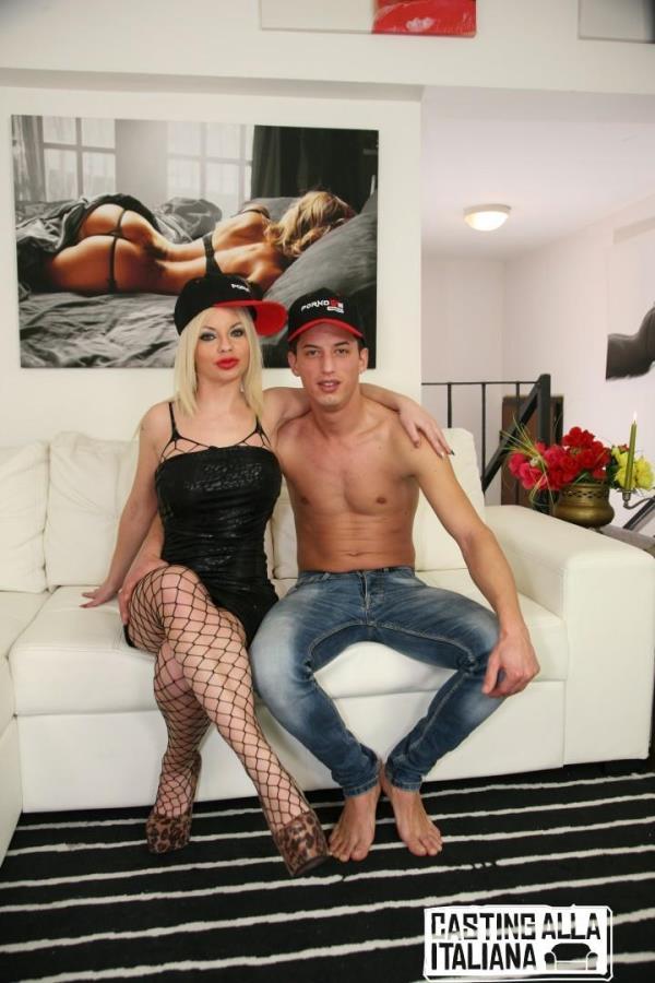 PORNDOEPREMIUM – Alessia Di Pesaro – Hot Italian blonde newbie in fishnets gets ass fucked in steamy audition (CastingAllaItaliana/PornDoePremium/2019/HD)