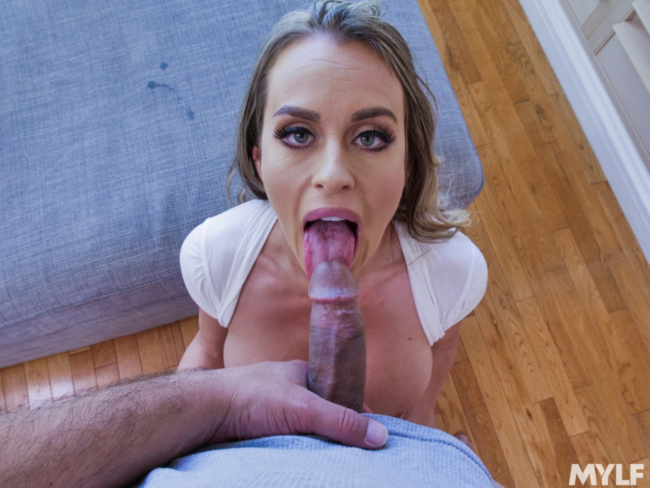Corinna Blake – A Penchant For Penis Pleasing (MylfBlows/2019/HD1080p)