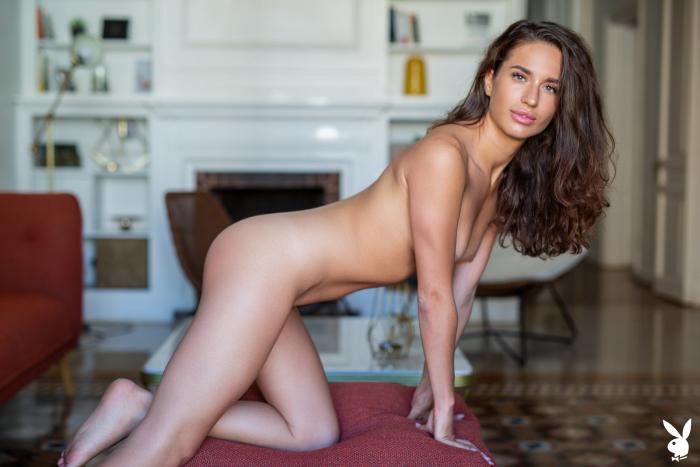 Nicole Winter – Happy At Home (PlayboyPlus/2019/HD1080p)