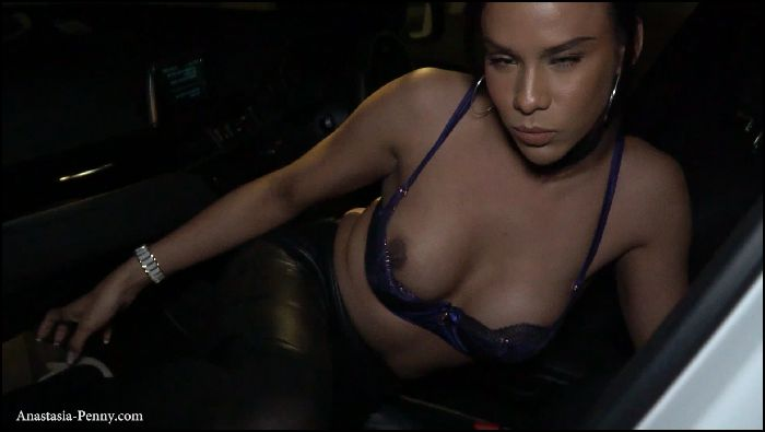 anastasiapenny-paid-the-uber-driver-2019-03-06 AnPfvG Preview