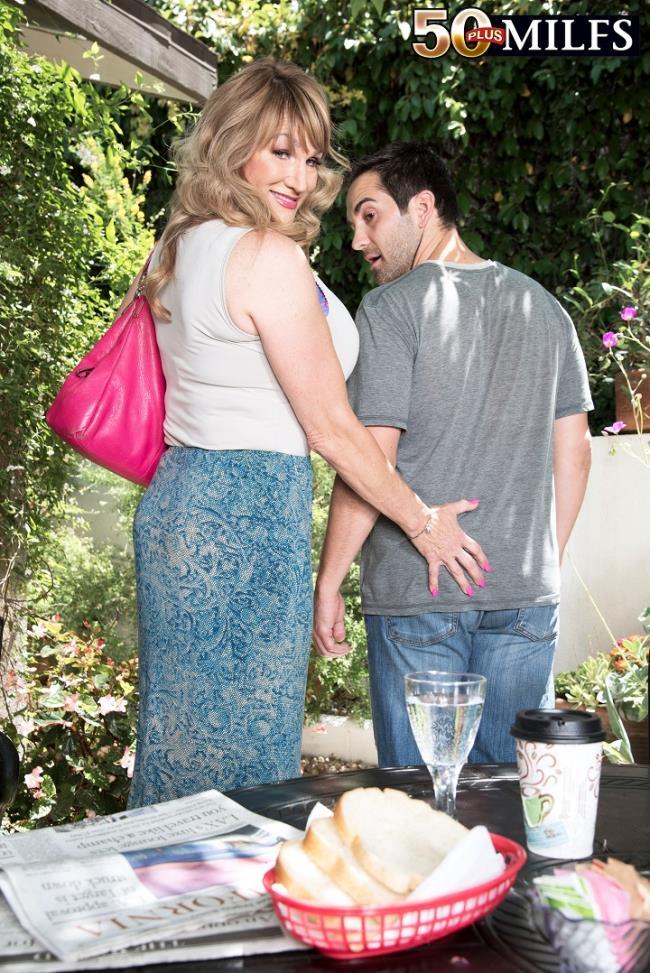 Orgy at the villa review