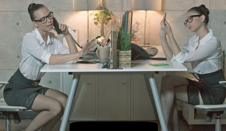 Aidra Fox and Ariana Marie – Beautiful Sex With Two Secretary Girl (Private.com/2019/HD)