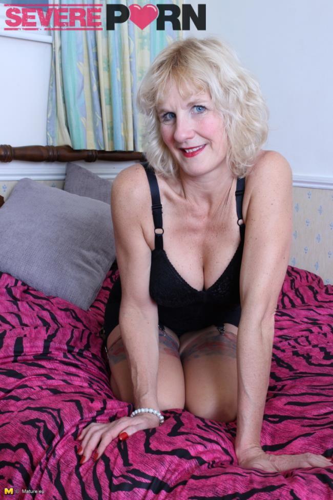 Molly V  (51) – Blonde british mature lady fucking and sucking (Mature.nl/2019/480p)