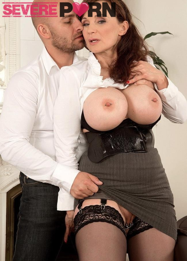 Michaela OBrilliant – Big Tits, A Deep Throat And A Pierced Pussy (ScoreHD.com/50PlusMilfs.com/2019/HD)