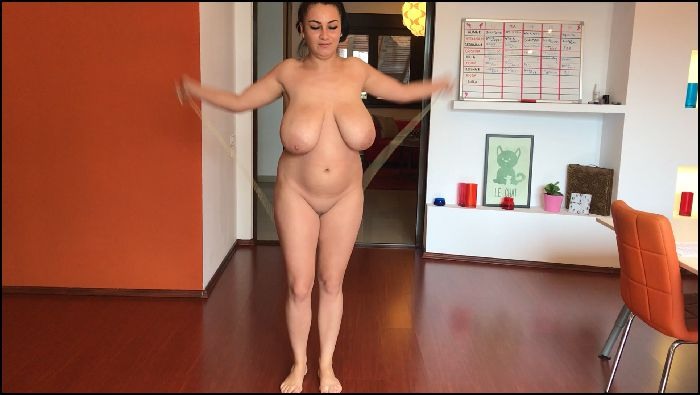 Xxl Boobs - Jumping skipping rope Preview