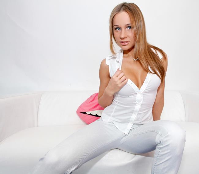 Ashley – Russian Angel (BitchConfessions.com/CumLouder.com/2019/480p)