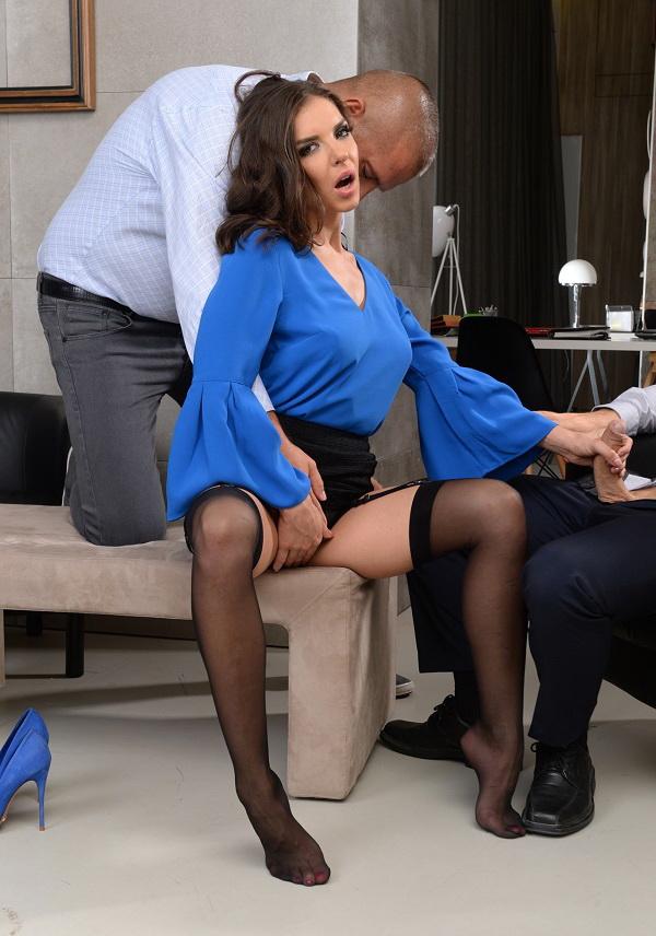 Henessy – Threesome At The Office (DPFanatics.com/21Sextury.com/2019/HD1080p)