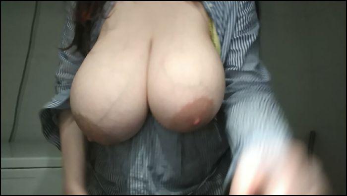 princess96 boobplay in a bathroom Preview