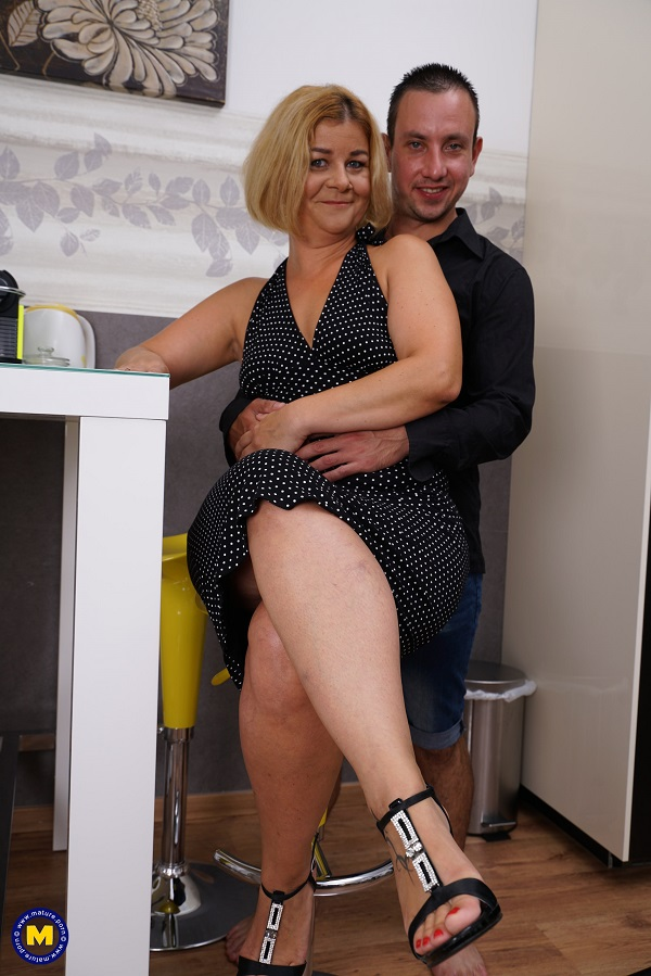 Aranka V. (45) – Keep your eyes open for this naughty housewife, who loves having hardcore sex with her lover! (Mature.nl Mature.eu 2019 1080p)