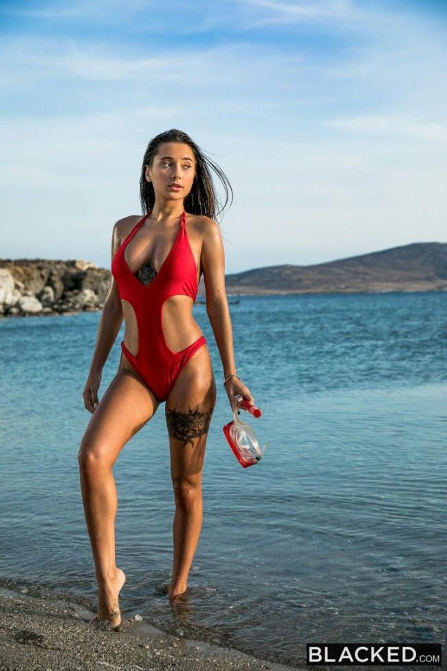 Liya Silver – Deep Dive (Blacked.com 2019 HD)