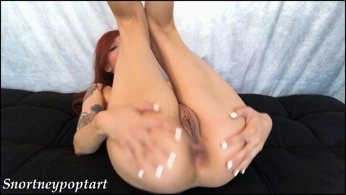 snortneypoptart hand model shows off her best ass ets 2019 11 07 jycLOS Preview