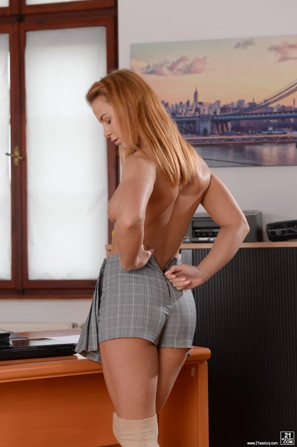 Jenny Manson – Bad Student (PixAndVideo.com 21Sextury.com 2019 HD)