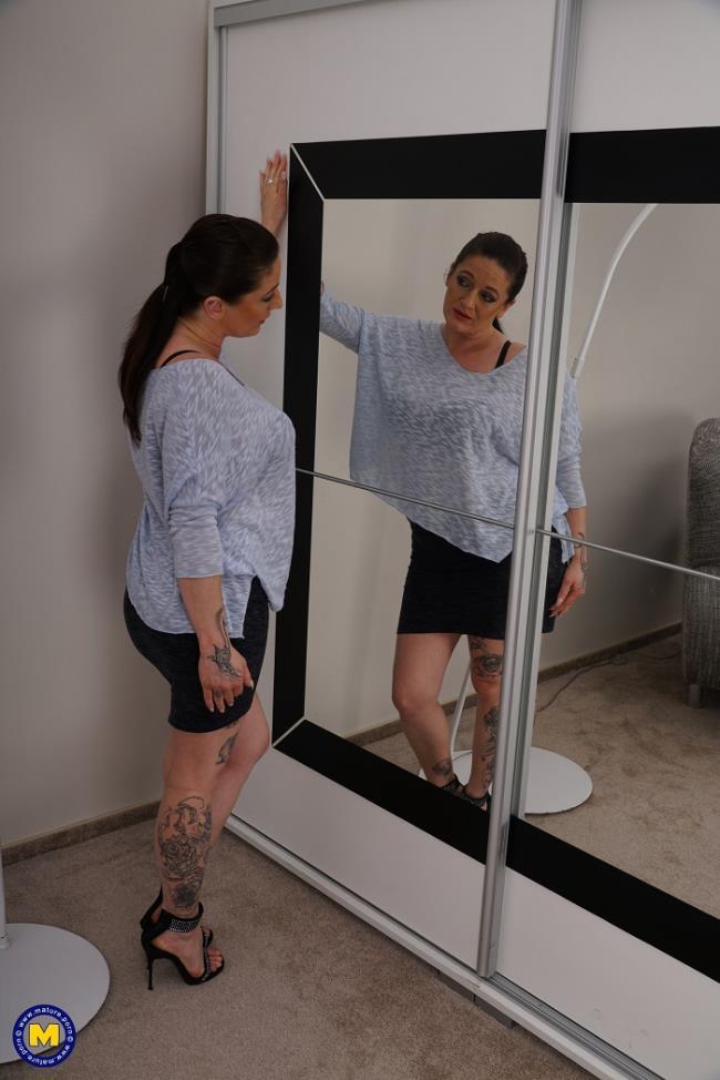 Adrienne Kiss (EU) (42) – horny housewife Adrienne goes interracial (Mature.nl Mature.eu 2019 1080p)