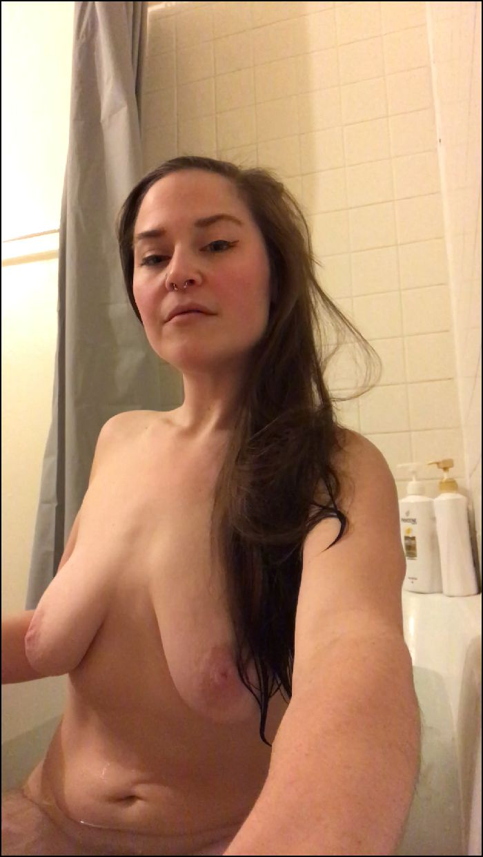 soph gallina – hippie gf plays with tits & cums for you – manyvids
