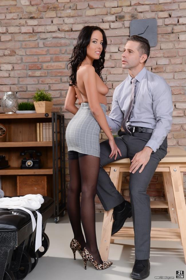 Lexi Layo – Naughty Secretary (PixAndVideo.com 21Sextury.com 2019 HD)