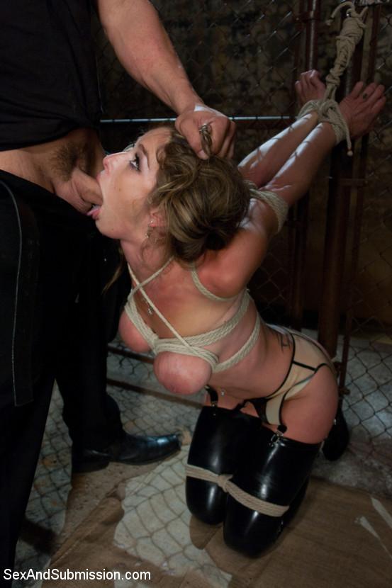 Derrick Pierce and Felony – Hardcore (SexAndSubmission.com Kink.com 2019 HD)