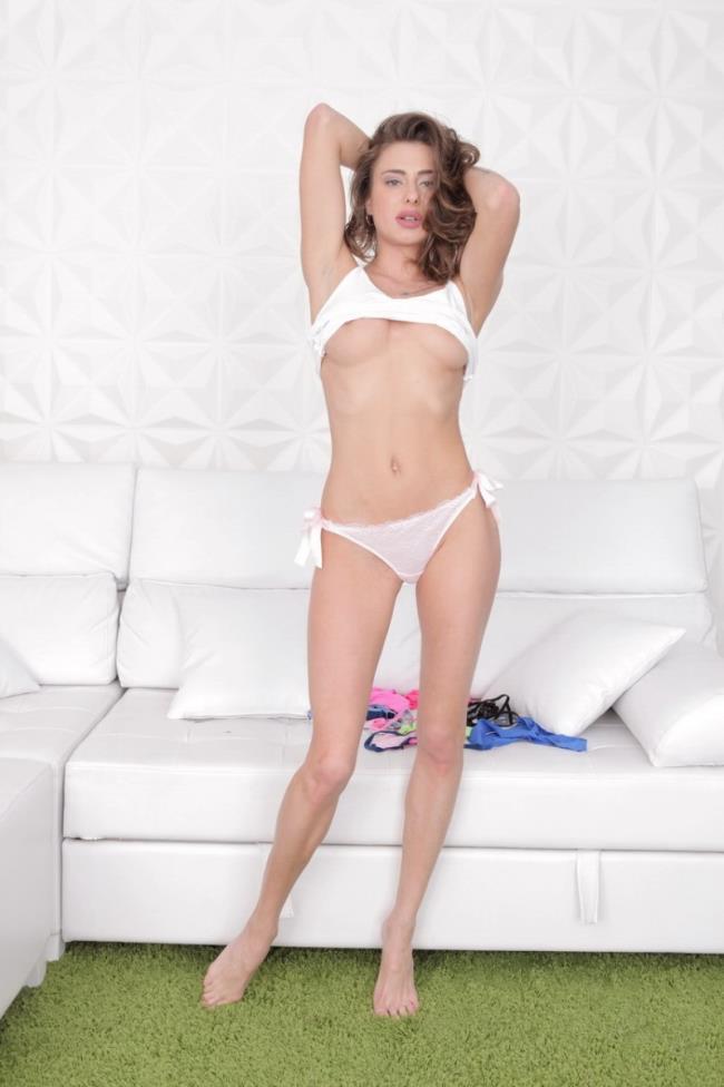 Sandra Wellness – Sexy Sandra Wellness Gets Her First Anal Fuck (FirstAnalQuest.com 2019 HD1080p)